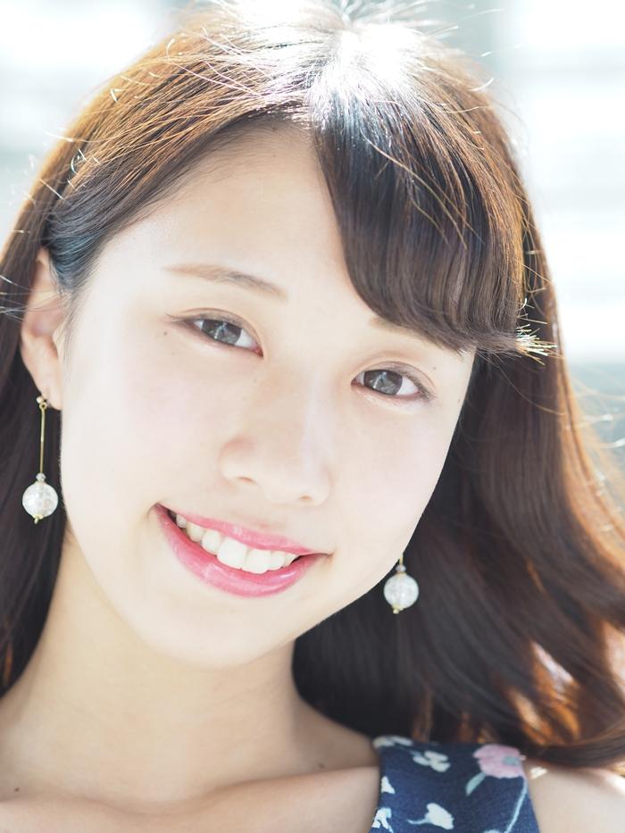 岡田真緒さん