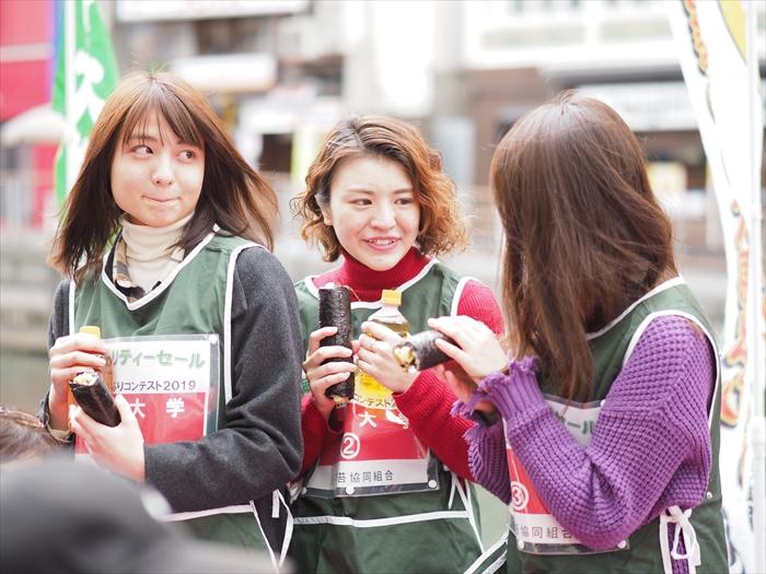 2019_01_27海苔チャリティーセール2019太巻き寿司の丸かぶりコンテスト